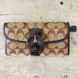 ♥️ Coach ♥️ Signature Brown Wallet